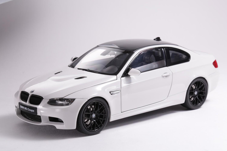 BMW COUPE (E92) - 08734W - ALPINE WHITE