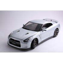 NISSAN GT-R (R35) PREMIUM EDITION – 12216 - ULTIMATE METAL SILVER